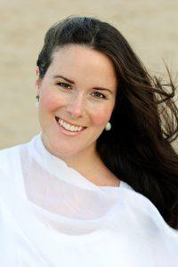 An Evening with Author Victoria Kelly